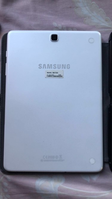 Samsung Galaxy Tab A 9.7 Inch (SM-T550) Like New