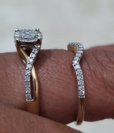10kt Gold & Diamonds Size 7 Wedding Set