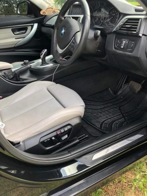 BMW 320i Sport Fully Loaded