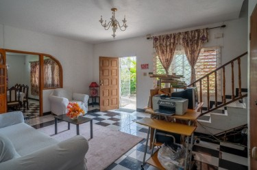 7 Bedroom Villa - Rio Nuevo - Fully Furnished