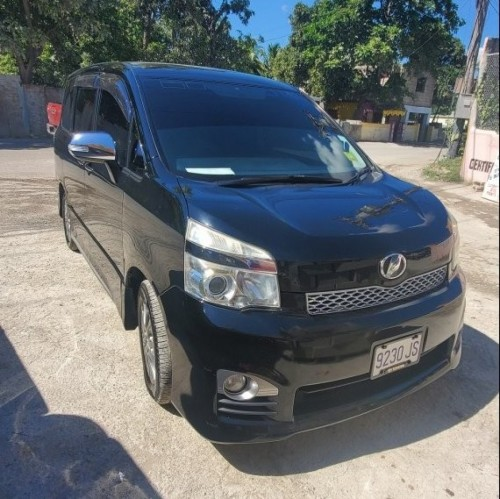 2013 Toyota Voxy Fully Loaded Vans & SUVs Old Harbour Road/ Spanish Town