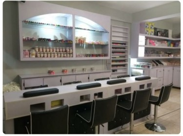 Nail Technicians Needed Full Time Jobs Greater Portmore