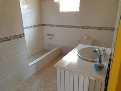 3 Bedroom 2 Bathroom House For Sale