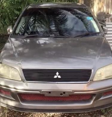 2001 Mitsubishi Lancer Cedia