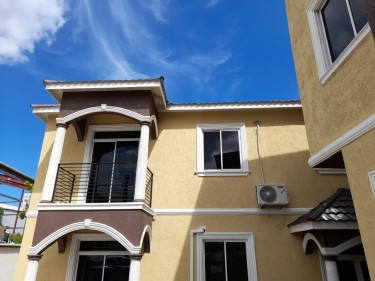 APT FOR SALE IN KGN 10 AREA