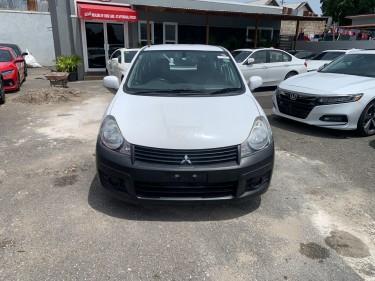 2014 Mitsubishi (ad Waggon)