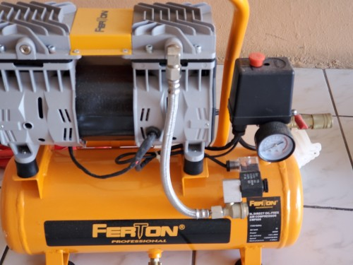 9 Litres Air Compressor