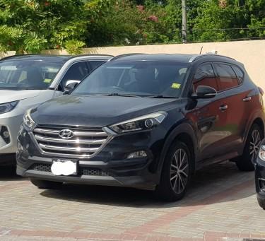 2016 Hyundai Tuscon. Bring All Offers!