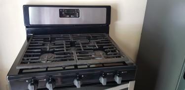 Whirlpool Refrigerator And Stove