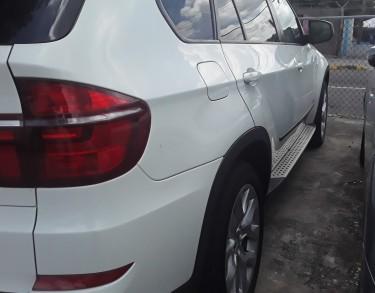 Super Clean 2012 BMW X5
