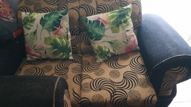 3 Piece Sofa For Sale Negotiable