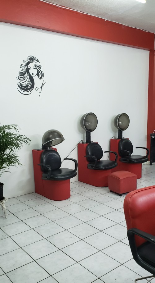 Hair And Nails Booths