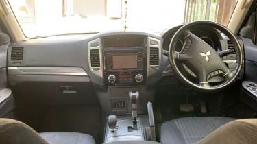 Mitsubishi Pajero 2017
