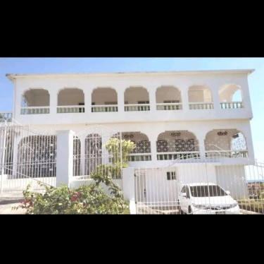 2 Bedrooms 1 Bathroom (air Conditioned) Houses Bayview,  Bull Bay