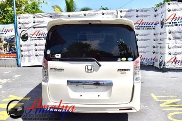 .::. 2012 Honda Stepwagon.::. White!!!