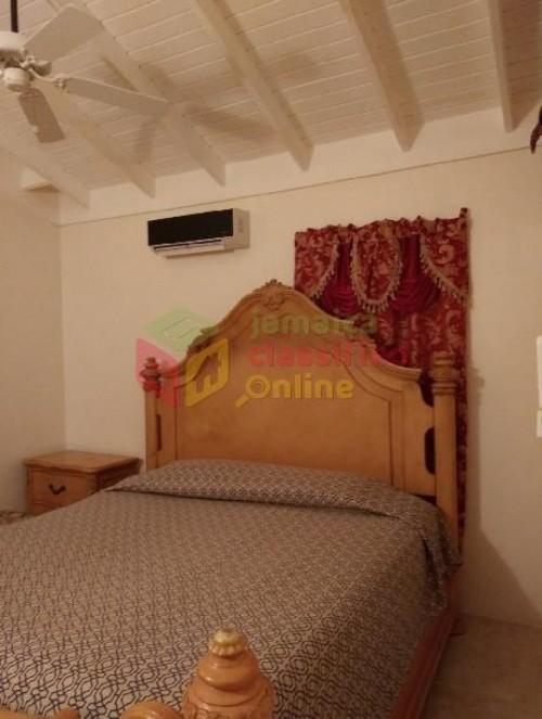 1 Bedroom For Rent In Mona