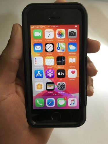 IPhone SE 2016 Factory Unlocked