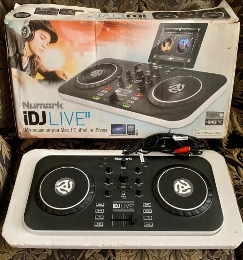 New In Box Numark IDJ Live Turntable Mixer