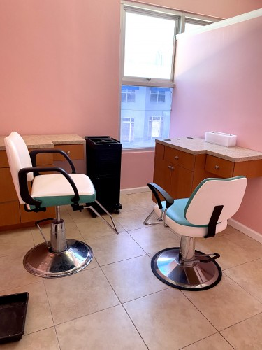 Hair Dressing Stations For Rent