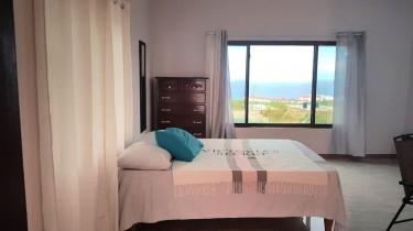 1 Bedroom Fully Furnished Studio- Runaway Bay