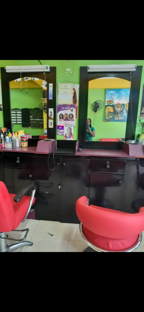 Salon Space Barber Hair Station