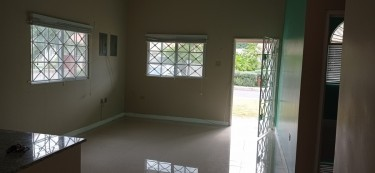 2 Bedroom House - Caymanas Country Club