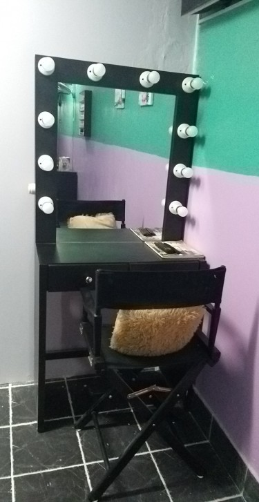 Make _up Room
