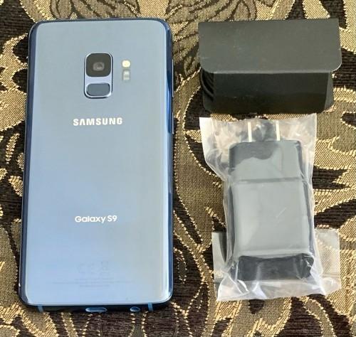 NEW Samsung Galaxy S9 (Unlocked)