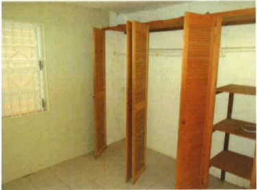 2 Bedrooms,1 Bathroom House