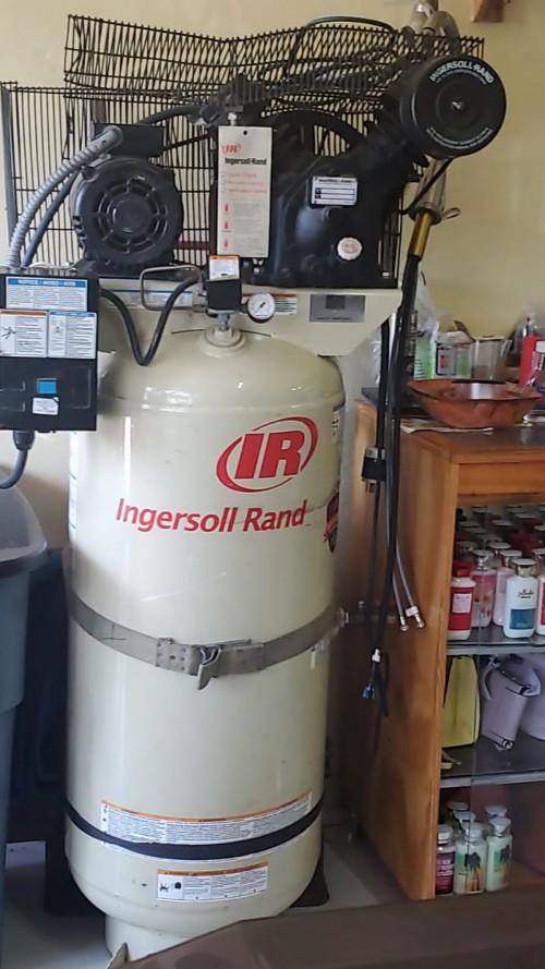 Ingersoll Rand 80 Gallon Air Compresser