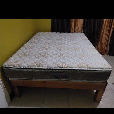 Queen Size Mattress & Base Sold Together