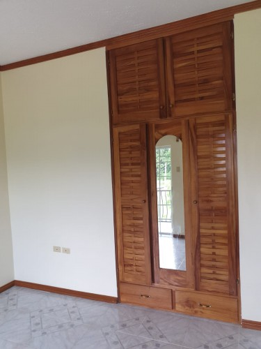 2 Bedrooms Townhouse Available