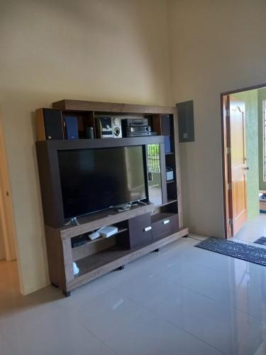 3 Bedroom Furnished House - Drax Hall