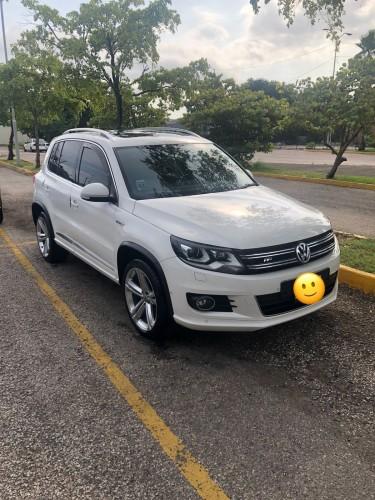 Lady Driven USED Volkswagen Tiguan For Sale Vans & SUVs Kingston 20