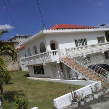 5 Bedrooms & 3 Baths - St. Elizabeth Houses Santa Cruz